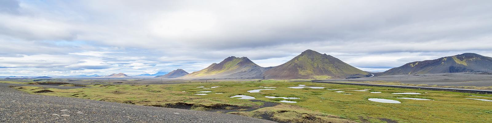 20180714 IS Am Fluss Skarðsá Ausschnitt V1 1600x400Px SCB2159
